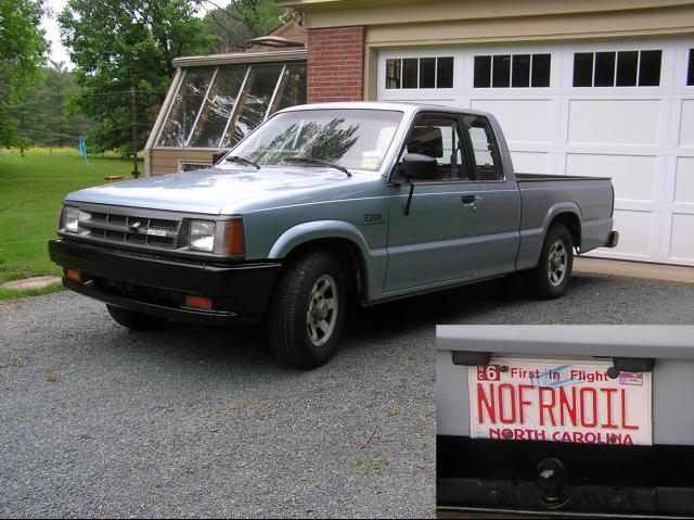 frasier labarbera: 1987 Mazda B2000 Pickup