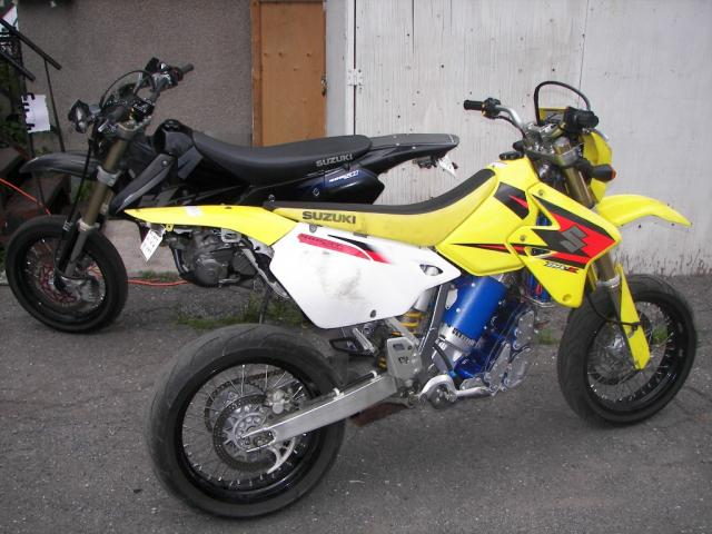 Yan's 2005 Suzuki DRZ 400 SM
