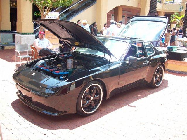 Miramar High School's 944 Porsche