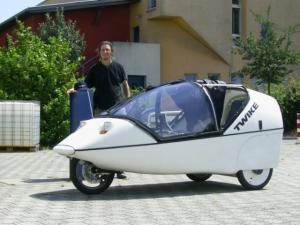 Veículo elétrico Twike